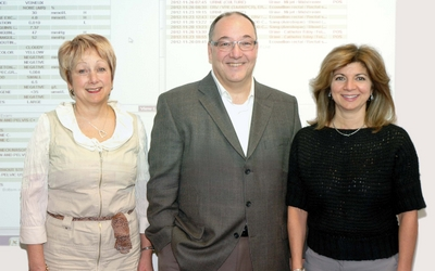 The main actors of the OACIS project at SMHC, left to right: Louise Ouellet, responsible for the digitization process, Jean-François Brunet, Director IT Department and Elisabeth Coverini, Analyst, Information Systems.